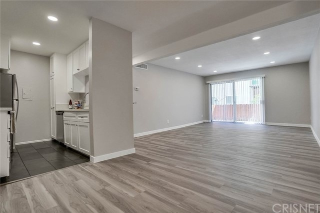 5460 White Oak Avenue B104, Encino, CA 91316