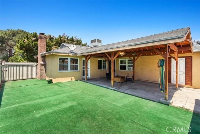 7634 Milwood Avenue Canoga Park, CA 91304