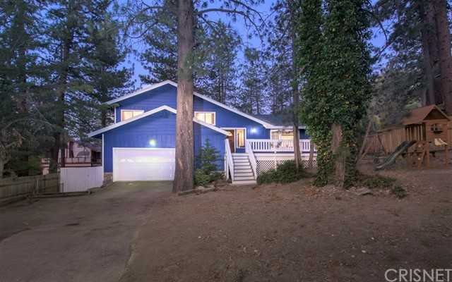 23316 Flume Canyon Drive, Wrightwood, CA 93563