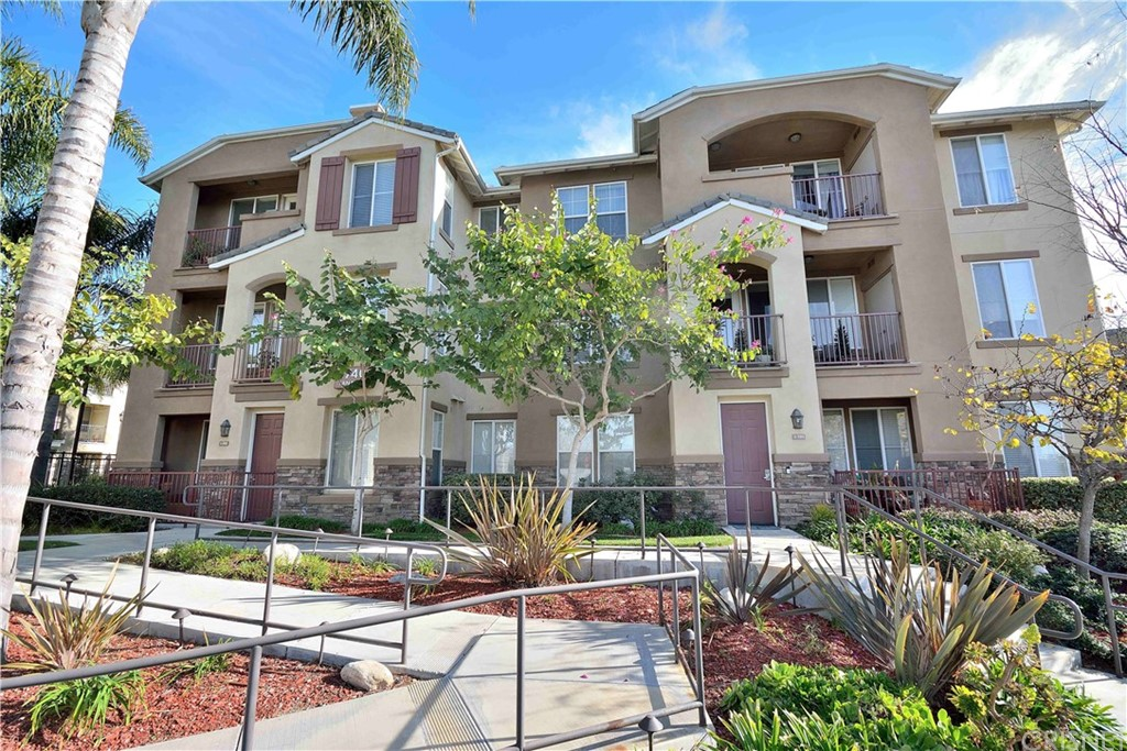 Photo of 1740 TANAGER Street #302, Ventura, CA 93003