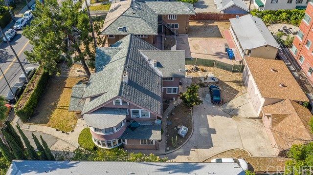 Amazing Development Opportunity in Hollywood area!! Zoned LARD1.5!  (Some blueprints and plans available on file) Welcome to 2 adjoining lots 1744 AND 1750 Wilton each on approximately 11K lot where two Craftsman homes plus two units are located close to world-class shopping & dining ** red carpet movie premieres** celebrated live theater & over 70 brand-name retailers in close vicinity ** the property's location offers ENDLESS possibilities.  ** 1750 N Wilton offers 4 bedrooms,3.5 full baths in the front house;additional carriage house offers 2 bedrooms & 3 baths.  **1744 N Wilton offers 7 bedrooms, 3 full baths, & 2 half baths to include solarium, 3rd floor attic studio, 2 fireplaces, bonus room & maid's quarters.  *** Price includes BOTH properties/land listed above to be sold concurrently APN 5544-002-062 AND 554-002-061.  LOT SQ FOOTAGE AND BUILDING IS OF THE TWO PROPERTIES COMBINED.