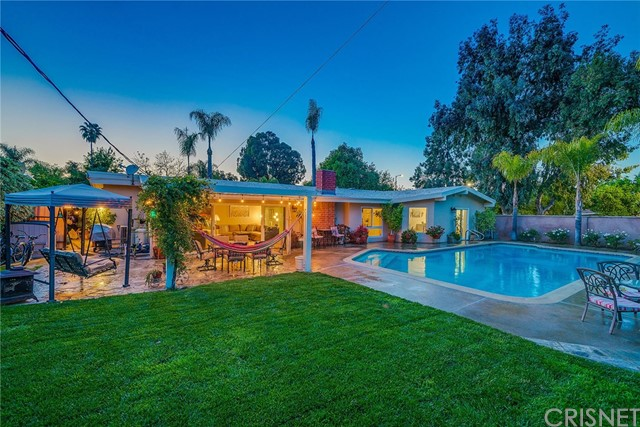 4428 Greer Road, Woodland Hills, CA 91364