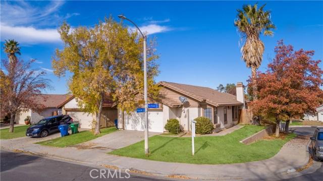 2821 Fairfield Ave, Palmdale, CA 93550