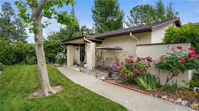 26330 Oak Highland Drive C, Newhall, CA 91321