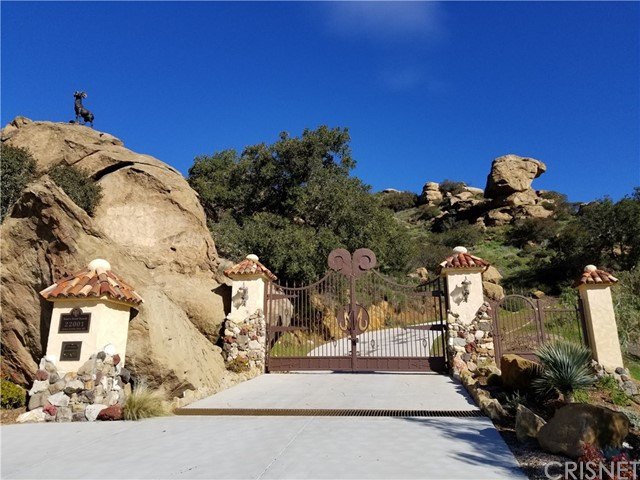 Photo of 22001 Santa Susana Pass Road, Chatsworth, CA 91311
