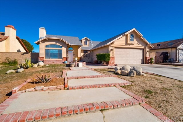 38136 Raintree Lane, Palmdale, CA 93552