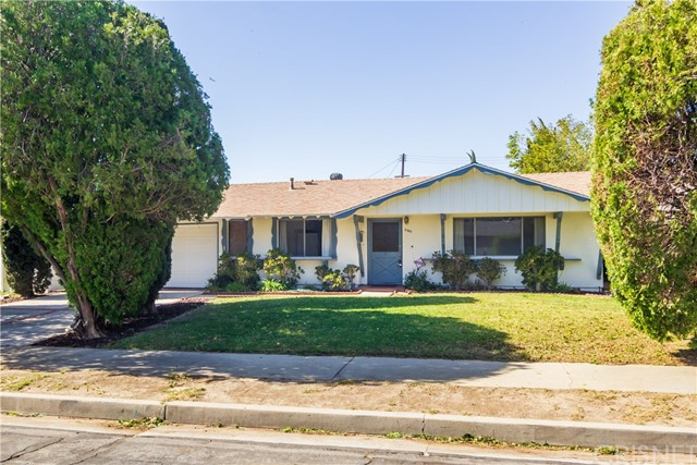 Photo of 9935 Oso Avenue, Chatsworth, CA 91311