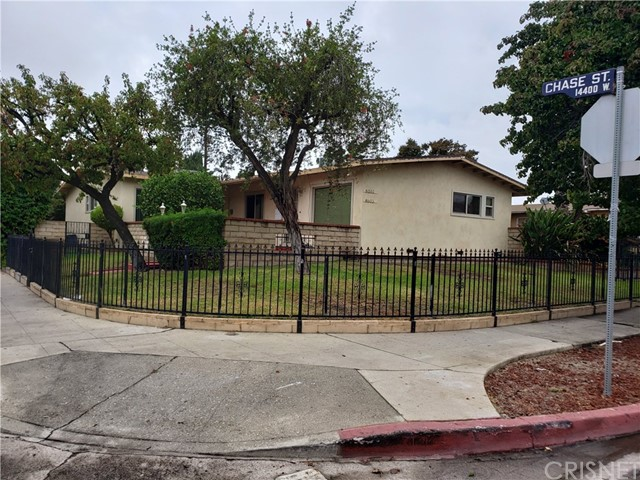 8501 Tilden Avenue, Panorama City, CA 91402