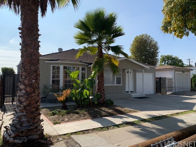 11118 Emelita Street, North Hollywood, CA 91601