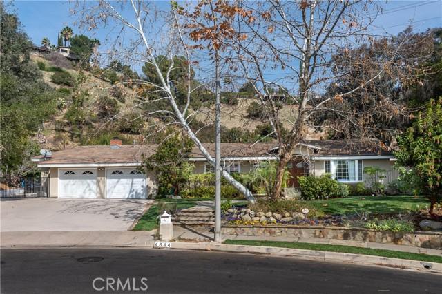 Photo of 4644 Arriba Drive, Tarzana, CA 91356