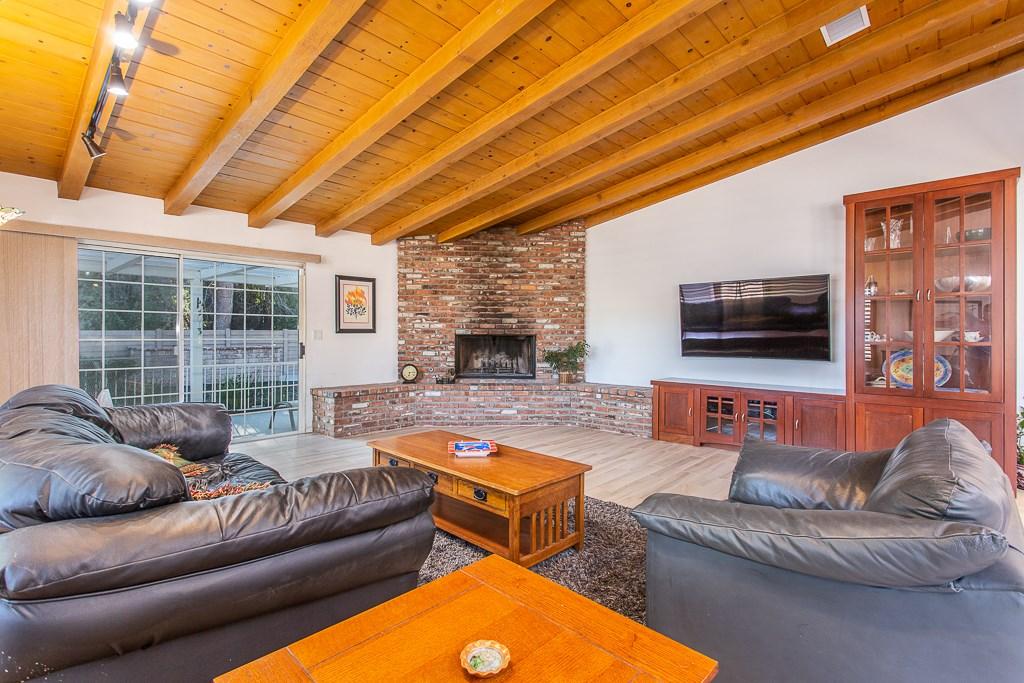 8981 White Oak Av, Sherwood Forest, CA 91325 Photo 7