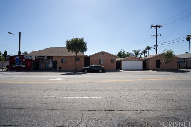 1620 E Gage Avenue, Los Angeles, CA 90001