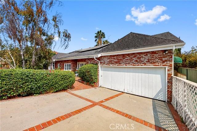 Photo of 18171 Rosita Street, Tarzana, CA 91356