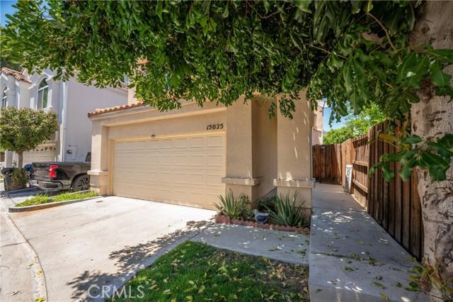 2. 15025 Portofino Lane #10 North Hills, CA 91343