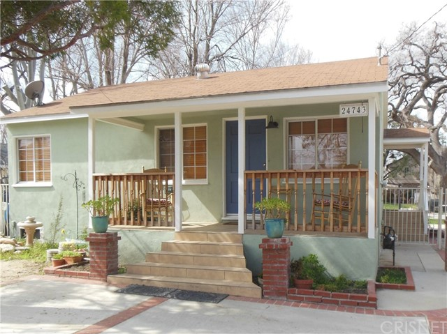 24743 Valley Street, Newhall, CA 91321