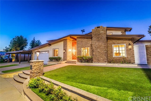 Photo of 21633 Cezanne Place, Woodland Hills, CA 91364