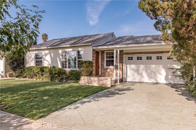 16931 Bassett Street, Lake Balboa, CA 91406