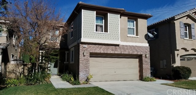 20027 Holly Drive, Saugus, CA 91350