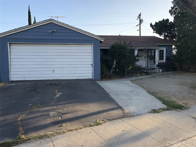 14246 Community Street, Panorama City, CA 91402