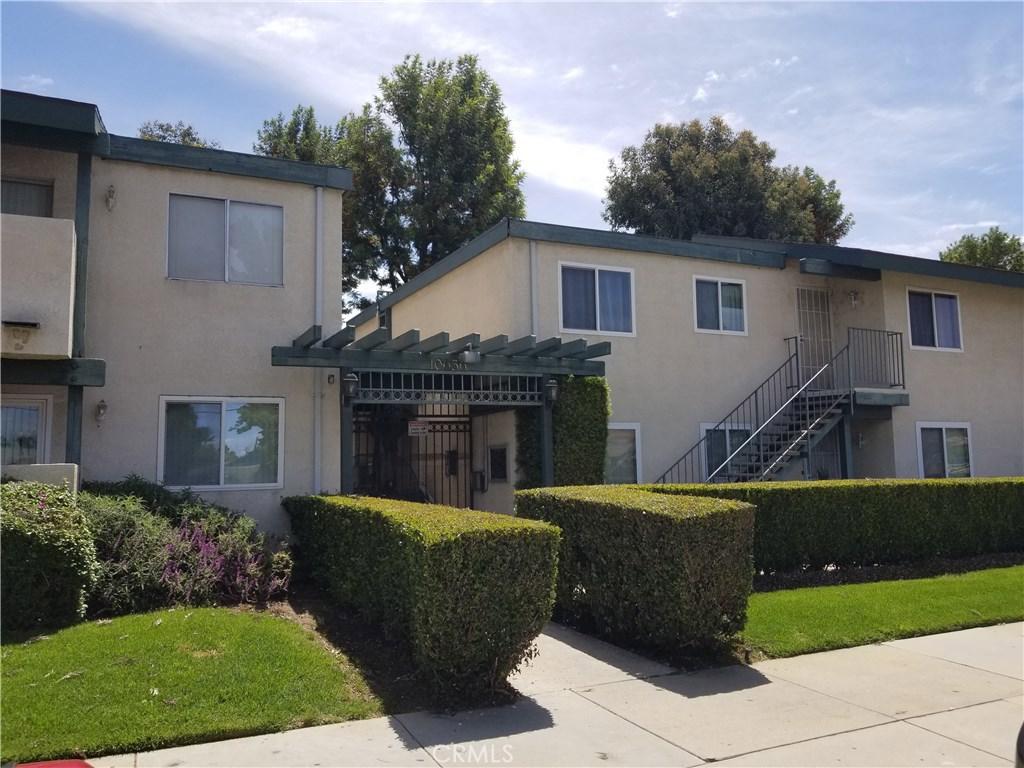 Photo of 10636 WOODLEY AVENUE #24, Granada Hills, CA 91344