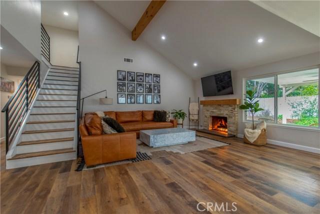 918 Silver Cloud Street, Thousand Oaks, CA 91360