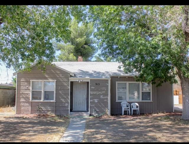 909 W Newgrove Street, Lancaster, CA 93534