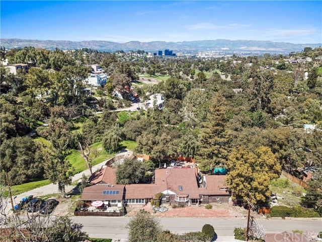 21025 Topochico Drive, Woodland Hills, CA 91364