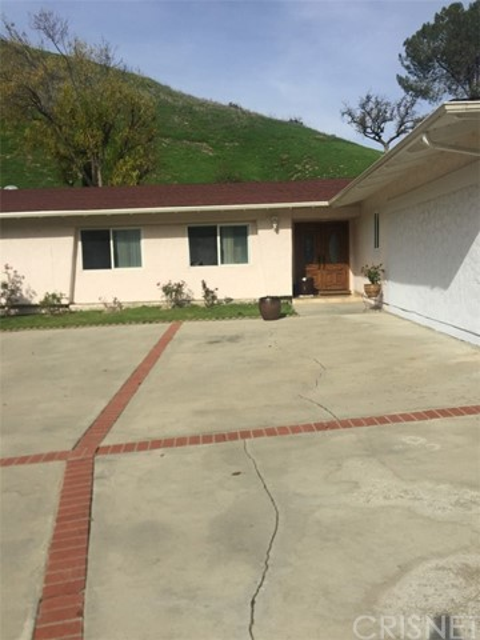 6444 Antigua Place, West Hills, CA 91307