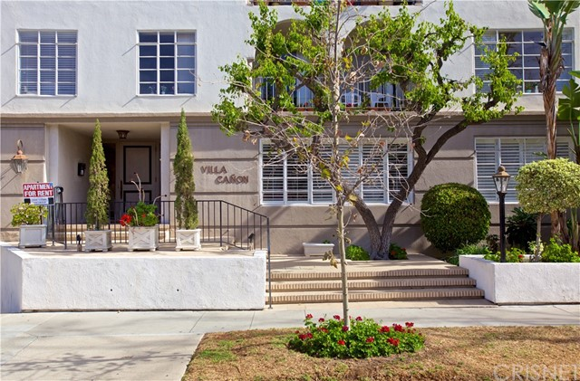 434 S Canon Drive 102, Beverly Hills, CA 90212
