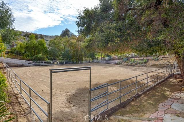 11. 106 Buckskin Road Bell Canyon, CA 91307