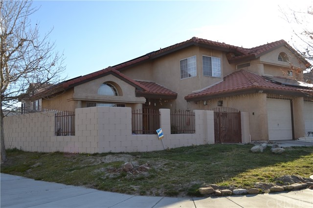 6142 Meredith Avenue, Palmdale, CA 93552