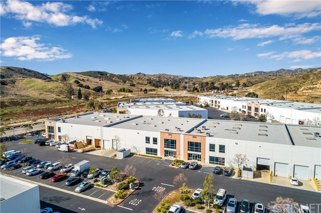28751 Industry Drive, Valencia, CA 91355