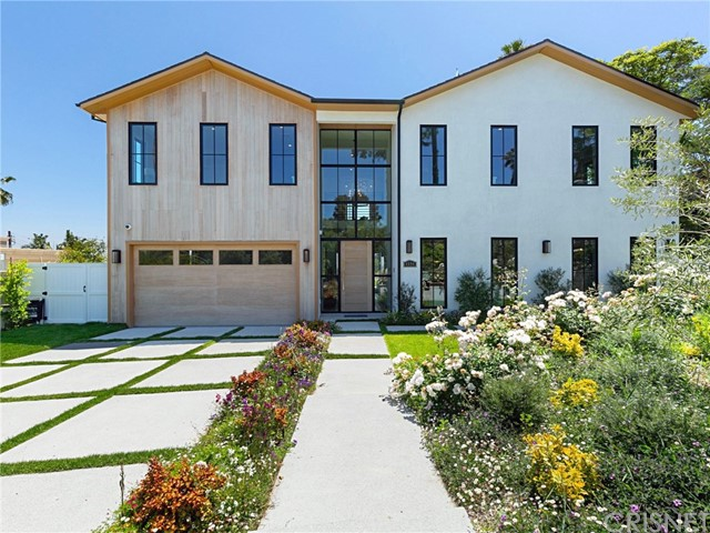 4594 White Oak Place, Encino, CA 91316