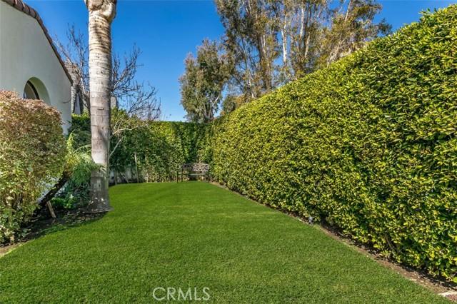 41. 6402 Lindenhurst Avenue Los Angeles, CA 90048