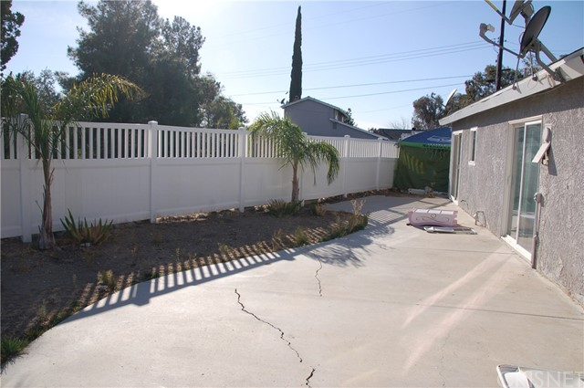 Image 17 of 17812 Silverstream Dr, Canyon Country, CA 91387