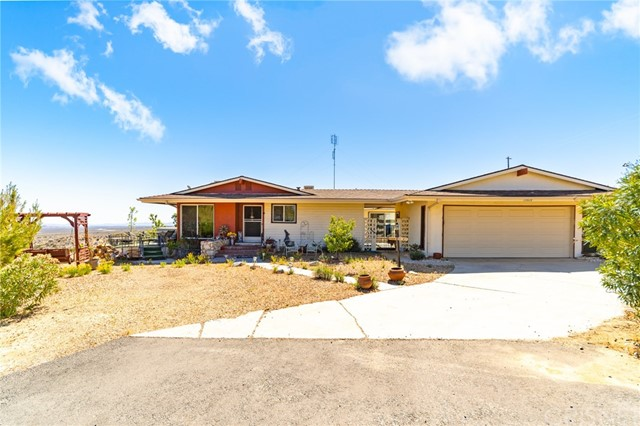 15820 E Avenue Y8, Llano, CA 93544 Photo