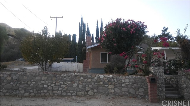 16967 Forrest St, Canyon Country, CA 91351