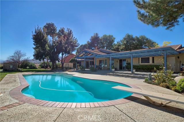 1101 Hernandez Drive, Palmdale, CA 93551