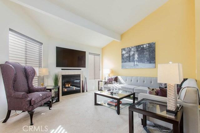 Photo of 18408 Hatteras Street #10, Tarzana, CA 91356
