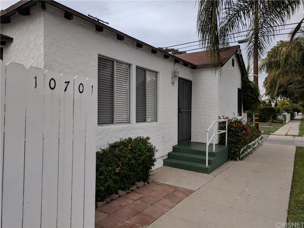 Photo of 10701 BURBANK BOULEVARD, North Hollywood, CA 91601
