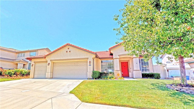 22711 Flower Fields Avenue, Saugus, CA 91350