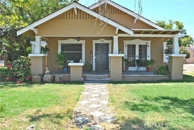 795 E San Joaquin Avenue, Tulare, CA 93274