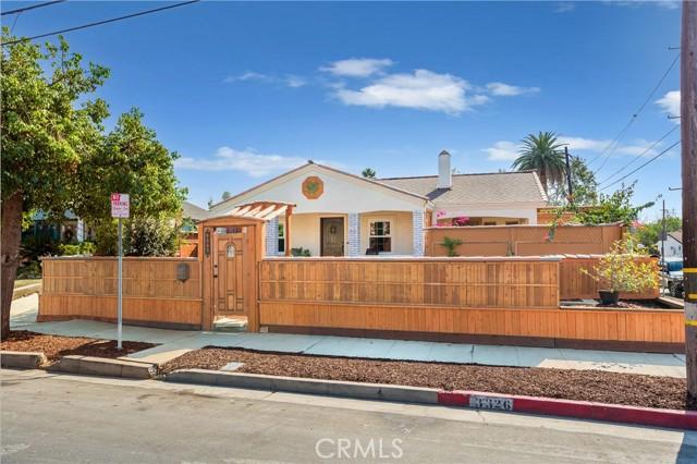 3326 London Street, Silver Lake, California 90026, 4 Bedrooms Bedrooms, ,3 BathroomsBathrooms,Residential,For Sale,London,SR21214118