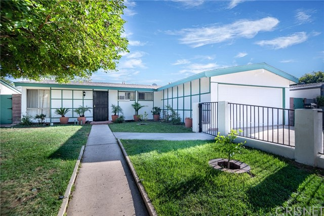 19342 Fairweather Street, Canyon Country, CA 91351