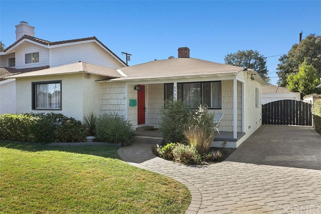 5735 Burnet Avenue, Sherman Oaks, CA 91411