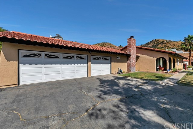 2906 Golden Spur Road, Acton, CA 93510