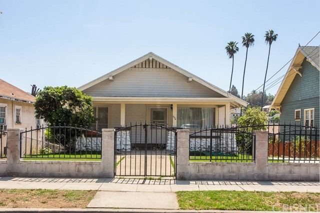 934 N Benton Way, Los Angeles, CA 90026
