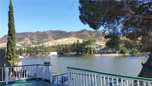 30658 Lakefront Drive, Agoura Hills, CA 91301