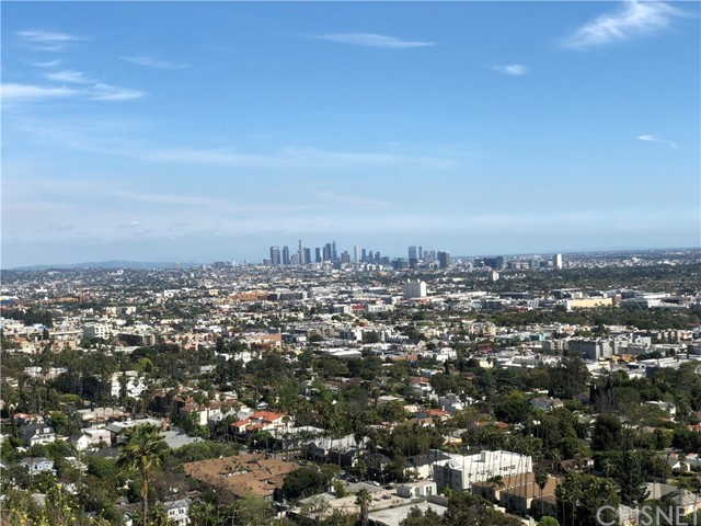 7916 W Granito, Los Angeles, CA 90046