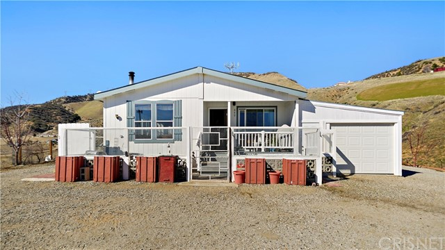 849 Roads End, Lebec, CA 93243